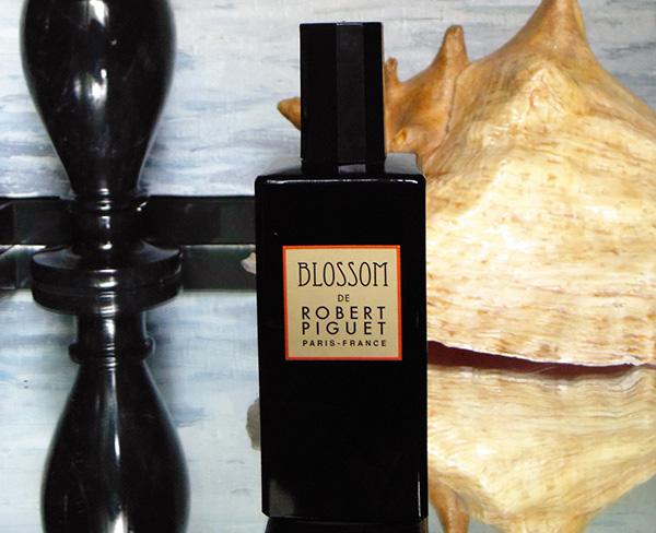 robert-piguet-blossom